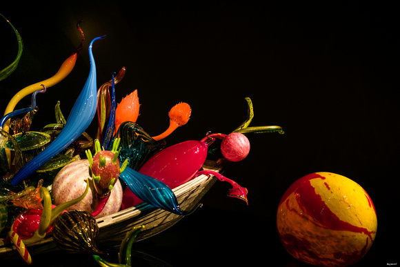 Chihuly Arrangement 3